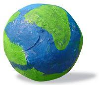 Wereldbol van papier maché