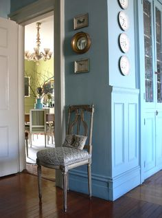image via The essence of Frenchness: A passion to BLUE!