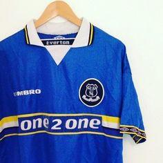 Vintage umbro Everton home shirt 97/98 #vintage #vintagefootballshirt #football #footballshirt #soccer #soccerjersey #evertonfc #efc #umbro #vintageumbro #retro #retrofootballshirt #premierleague #premiership #1990s