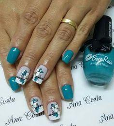Blue flowers Fancy Nails, Pretty Nails, Acrylic Nails, Gel Nails, Romantic Nails, Super Nails, Gel Nail Designs, Fabulous Nails, Flower Nails