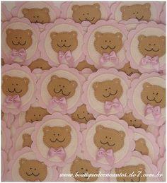 Lembrança de nascimento, aniversário, chá de bebê/fraldas: íma em forma de brasão com aplicação de urso(a).  www.boutiquedeencantos.elo7.com.br
