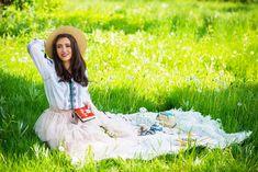 » Accesorii si gustari esentiale pentru un picnic romanescMiu Miu