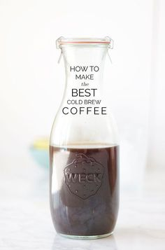 Ultimate Guide to Cold Brew Coffee The Ultimate Guide to Making Cold Brew Coffee (Room temp method, good recipes for drinks at the bottom.)The Ultimate Guide to Making Cold Brew Coffee (Room temp method, good recipes for drinks at the bottom. Best Cold Brew Coffee, Making Cold Brew Coffee, Big Coffee, I Love Coffee, Cold Brewed Coffee, Cold Coffee Drinks, Starbucks Coffee, Coffee Barista, Espresso Coffee