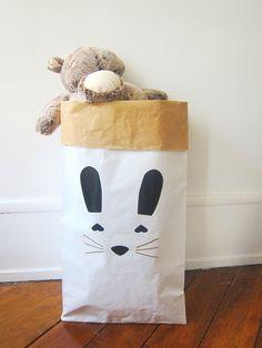 Image of « Lapin » Sac de rangement en papier pour chambre d'enfants