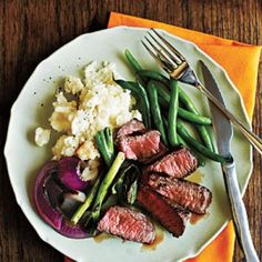 Grilled Steak with Onions and Scallions - Grilled Beef Recipes - Cooking Light Cooking Light Recipes, Cooking On A Budget, Budget Meals, Healthy Recipes On A Budget, Beef Recipes, Coffe Recipes, Szechuan Recipes, Grilled Recipes, Cheap Recipes