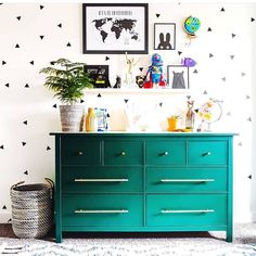 Green kid's room. Crave Interiors||Lita Lee (@craveinteriors) on Instagram