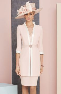 Veni Infantino 991313 Colour Rose & Ivory, price A knee length satin back crepe dress lace appliques, wide waistband and matching ¾ length sleeved jacket. Mother Of The Bride Looks, Mother Of The Bride Fashion, Mother Of Bride Outfits, Mother Of Groom Dresses, Mothers Dresses, Mother Bride, Mode Outfits, Dress Outfits, Fashion Dresses