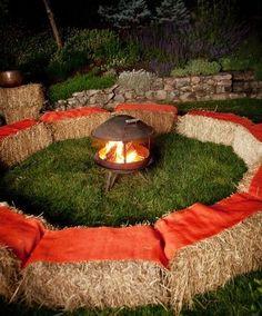 A great way to organize a backyard bonfire.