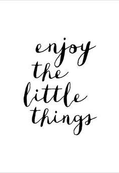 Hand Lettering - Enjoy the little things. #splendideveryday
