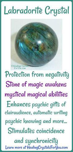 Labradorite Crystal Healing Crystals For You, Crystal Healing Stones, Chakra Crystals, Crystals And Gemstones, Stones And Crystals, Healing Gemstones, Gem Stones, Black Crystals, Natural Gemstones