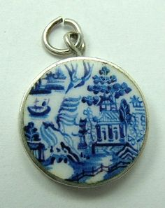 Edwardian Silver and Enamel Willow Pattern Charm.
