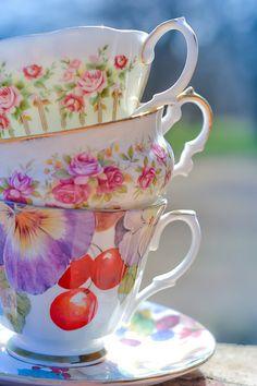 Tea Time with Emma Vintage Dishes, Vintage China, Vintage Teacups, Tea Cup Saucer, Tea Cups, Afternoon Tea Parties, My Cup Of Tea, High Tea, Flower Decorations