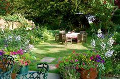 Jardines floridos todo el verano - http://jardineriaplantasyflores.com/jardines-floridos-todo-el-verano/