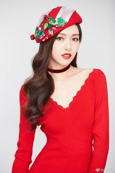 China Entertainment News aggregates the latest news shapping China's entertainment industry. Tiffany Tang Luo Jin, Beautiful Asian Girls, Beautiful Women, Chinese Actress, Girl Face, Fashion Shoot, Colorful Pictures, Asian Beauty, Actresses