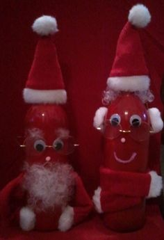 Love wine and have empty bottles laying around, but you aren't sure what to do with them?  Here's an easy DIY craft that be great for home decor or to give as a gift.  This Santa and Mrs. Claus were made out of 2 wine bottles, red spray paint, white curly doll hair, wiggle eyes, pom pom balls, wine bottle hat and scarf, eye glasses and hot glue gun (all of which can be found at your local JoAnn Fabrics or Michaels stores)  Recreate this project using different themes such as sports team…