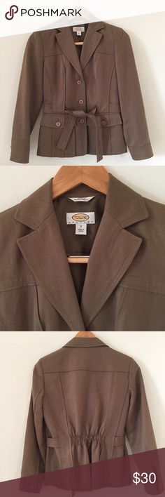 LIKE NEW Talbots PETITES jacket This jacket is in excellent condition! Made of Italian fabric. 24 inches long. 18 inches across the bust. 16 1/2 inch sleeve. Color is beige. Non-smoking pet free home.                                   🔹suggested user • fast shipper🔹                       🔸bundle to save 15%🔸 Talbots Jackets & Coats