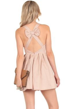 Exposed back bow detail dress