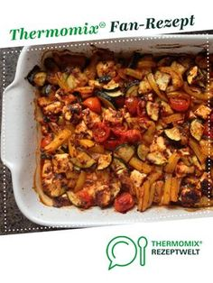 Mediterranes Ofen-Gemüse - - Mediterranes Ofen-Gemüse Thermomix Mediterranean oven vegetables from A Thermomix ® recipe from the main course with vegetables category www.de, the Thermomix ® community. Crock Pot Recipes, Healthy Chicken Recipes, Beef Recipes, Oven Vegetables, Healthy Dinner Recipes, Food Inspiration, Food Processor Recipes, Easy Meals, Stuffed Peppers