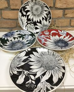 Specially designed products are waiting for their owners! Specially designed products are waiting for their owners! Specially designed products are waiting f Pottery Painting Designs, Paint Designs, Wall Art Designs, China Painting, Ceramic Painting, Ceramic Art, Ceramic Plates, Ceramic Pottery, Pottery Art