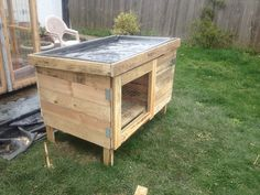 29 Inexpensive Chicken Coop designs you can try for the backyard chickens DIY Chicken Coops Design No. Chicken Coop Designs, Chicken Coop Kit, Chicken Cages, Building A Chicken Coop, Chicken Houses, Rabbit Hutch Plans, Rabbit Hutches, Meat Rabbits, Raising Rabbits