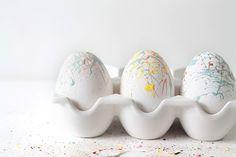 DIY/Holiday   Paint Splattered Easter Eggs