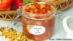 Ce ketchup aux fruits accompagne à merveille une tourtière ou un bon pâté au poulet.
