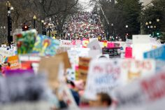 The Best Images from the Women's March on Washington   - HarpersBAZAAR.com