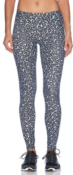 SOLOW Animal Print Legging y @solowstyle!