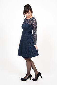 """Nähe ein Festtagskleid aus Spitze mit einem Jersey-Unterkleid ganz einfach selber - Mit Anleitung und dem beliebten Schnittmuster """"Ella"""""""