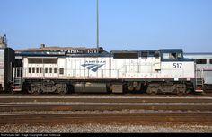 amtrak p32bwh | RailPictures.Net Photo: AMTK 517 Amtrak GE P32BWH (Dash 8-32BWH) at ...