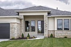 Simple House Design, House Front Design, Modern House Design, Modern House Facades, Modern Bungalow House, House Paint Exterior, Exterior House Colors, House Construction Plan, Beautiful House Plans
