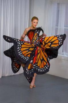 Luly Yang Butterflydress 2