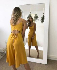 Adorable rompers are a perfect and much needed addition to your closet for Chic Outfits, Spring Outfits, Trendy Outfits, Dress Outfits, Frock Fashion, Fashion Dresses, Fashion Fashion, Cute Dresses, Casual Dresses