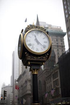 The Trump Tower Sidewalk Clock | #nyc #ny