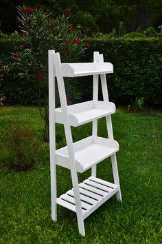 Ladder Shelf Diy, Diy Wood Shelves, Shop Interior Design, Store Design, Craft Fair Displays, Craft Show Ideas, Wooden Wall Art, Pallet Furniture, Wood Pallets