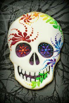 Honeycat Cookies:  Halloween.  Dia de Los Muertos.  Even for Spring with these colors.  Cinco de Mayo.  Sugar skull.  ♡