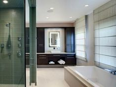 Browse your options for master bathroom layouts, plus check out helpful pictures from HGTV.