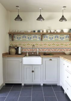 Kitchen Wall Wallpaper - Cross Stich - Lime Lace £110 #wallpaper #kitchen #interior #crossstich