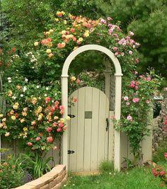 garden gate entrance with Josephs Coat and Berries & Cream climbing roses Garden Entrance, Entrance Gates, Garden Gates, Pruning Roses, Climbing Roses, My Secret Garden, Plein Air, Dream Garden, Garden Inspiration