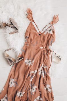 You'll find everything you're looking for, and more with the All Mine Rusty Rose Floral Print High-Low Wrap Dress! Floral print chiffon dress with a wrap bodice. Dresses For Sale, Sexy Dresses, Beautiful Dresses, Summer Dresses, Party Dresses, Summer Outfits, Indie Fashion, Fashion Outfits, Gypsy Fashion