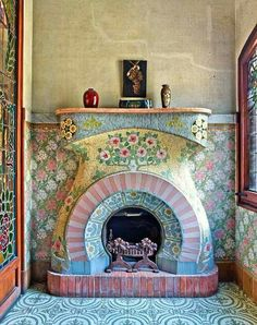 Art Nouveau fireplace from 1908 in Catalonia. A small sitting room on the top floor of the Casa Navas is dominated by an Art Nouveau style fireplace, decorated in mosaic tiles by Louis Bru. Photo by Mark Luscombe-Whyte. Contemporary Interior Design, Luxury Interior Design, Interior And Exterior, Modern Design, Interior Ideas, Mosaic Fireplace, Fireplace Hearth, Fireplace Frame, Wooden Fireplace