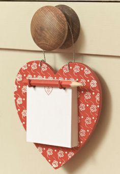 Heart Note Hanger