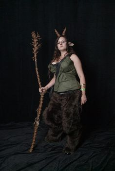 Tutorial - Faun Legs. Cover pants + foam with plastic wrap to make pattern for faux fur