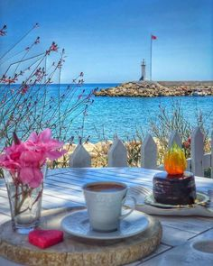 I Love Coffee, Coffee Time, Tea Time, Beautiful Homes, Beautiful Places, Beautiful Pictures, Good Morning Images Flowers, Afternoon Tea, Table Decorations
