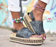 Pin by Gayla Shaw on Shoes in 2019 Cute Shoes, Me Too Shoes, Shoe Boots, Shoes Sandals, Beautiful Shoes, Summer Shoes, Fashion Shoes, Espadrilles, Footwear