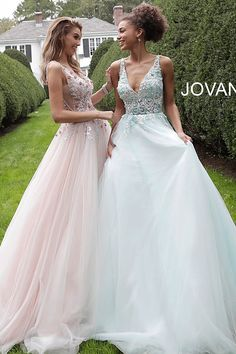 jovani Blush Embellished Bodice V Neck Prom Ballgown 61109 Blush Pink Prom Dresses, Prom Dresses Jovani, Cute Prom Dresses, Ball Gowns Prom, Tulle Prom Dress, Nice Dresses, Prom Ballgown, Homecoming Dresses, Amazing Dresses