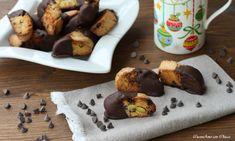 Tozzetti al cioccolato con pistacchi