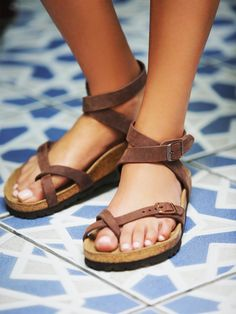 Yara Birkenstock | Elegant sandal with an adjustable ankle strap and toe loop. Features the Birkenstock classic footbed and shock-absorbing EVA sole. Flirty, fashionable, and fun. *By Birkenstock