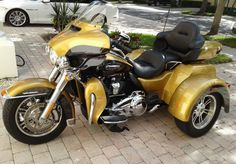 2017 Harley Davidson FLHTCUTG Triglide Ultra Classic for sale in Palm Beach Gardens, FL. . Financing & Extended Warranty. Custom Trikes For Sale, Harley Davidson Trike, Jet Skies, Used Motorcycles, Ultra Classic, Palm Beach Gardens, Touring, Baggers