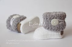 Crochet baby booties, unisex baby booties, baby shoes, white, gray, grey shoes, winter boots, fur baby shoes, gift idea, baby shower gift by EditaMHANDMADE on Etsy https://www.etsy.com/uk/listing/477776243/crochet-baby-booties-unisex-baby-booties
